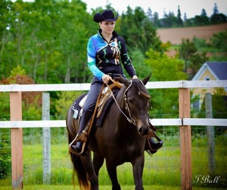Alison McEwen riding a horse